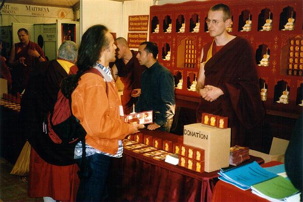 dalai_lama_2001_12